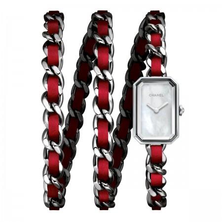 Montre Première Rock - Triple tour en acier et cuir rouge, cadran nacre blanche - CHANEL - voir la version taille réelle