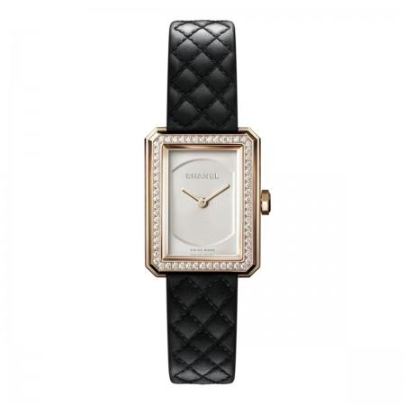 Montre BOY·FRIEND - Petit modèle, OR BEIGE et diamants, bracelet en veau motif matelassé - CHANEL - Vue par défaut