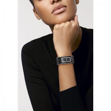 Montre CODE COCO cuir - Cuir de veau noir, acier et diamants - CHANEL - Vue portée